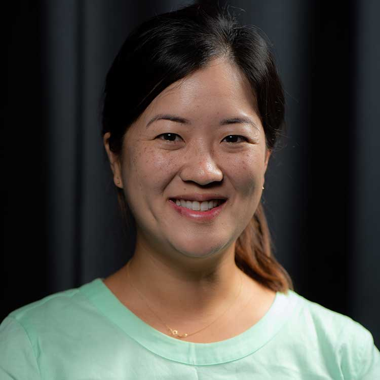 Mrs. Esther Han